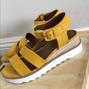 Franco Sarto open toe platform sandals